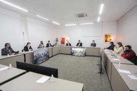 Foto da reunião com a base aliada no Palácio Piratini